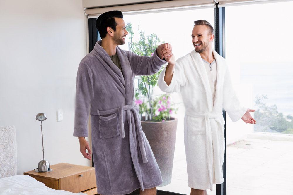 gay-morando-junto