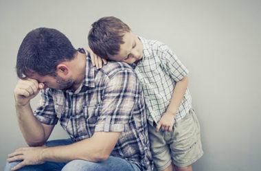 O que a relação com o seu pai pode dizer sobre a sua vida amorosa