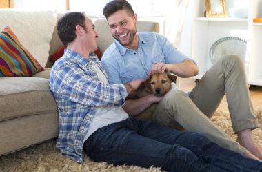 7 hábitos DIÁRIOS dos casais gays felizes – e juntos há muito tempo!