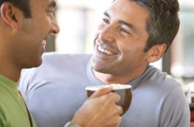 Como flertar se você é tímido ou introvertido